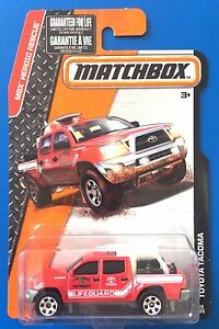 2015-Matchbox-SAN-DIEGO-FIRE-DEPT-RESCUE-2015-TOYOTA-TACOMA-PICKUP-mint-on-card