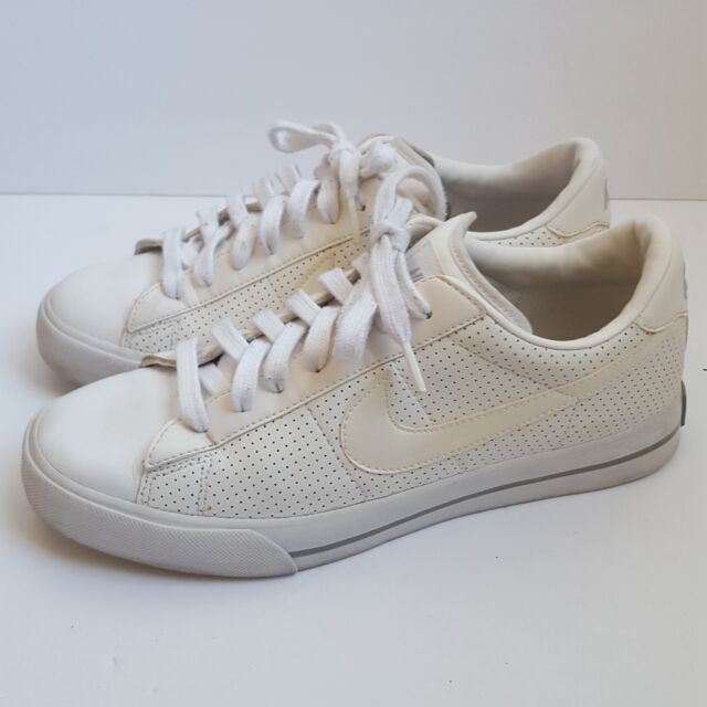 181c45a4b692bf Nike Women s Sweet Classic White Leather Low Shoes Sneakers 354496-111 Size  9