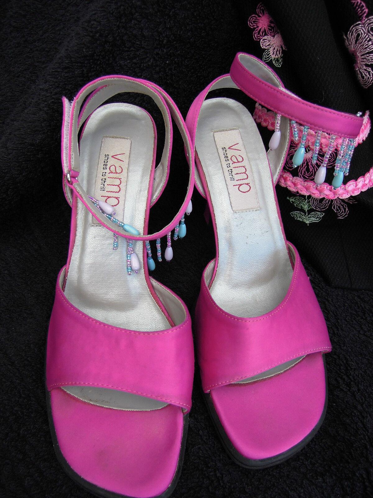 Pumps Gr. 37 rosa Glasperlen Seide Satin ? Schmuckstücke für Ihre Füße