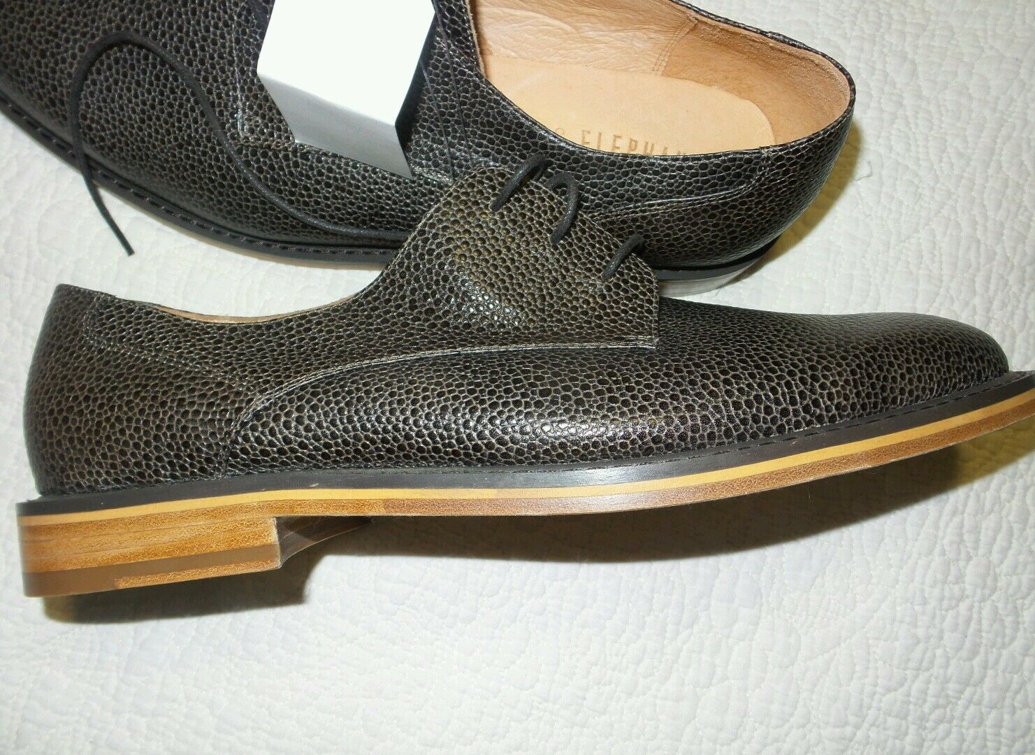Mens VANISHING ELEPHANT dark brown leather upper lining and sole sz. 12 NEW