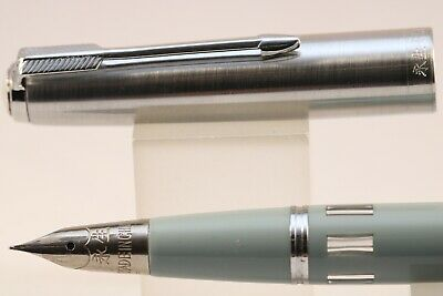 Wing Sung 601A Updated Vacumatic with window Fountain Pen Piston F Nib Office #2