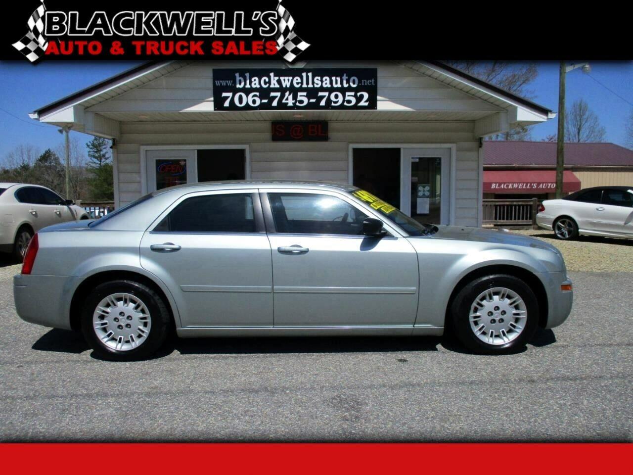 2006 Chrysler 300 Series 4dr Sdn 300