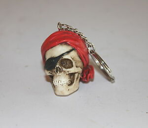 Pirate-Skull-Key-Ring-a-Useful-Weird-Bizarre-Present-or-Gift