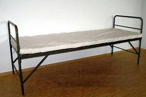 Etagenbetten Klappbar : Feldkrankenbett bett klappbar stapelbar bw klappbett stockbett
