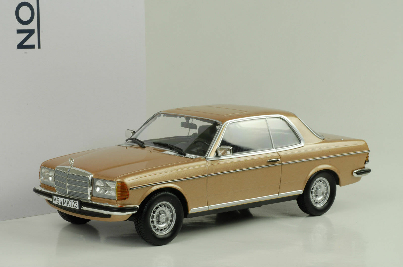1980 Mercedes-Benz  280 CE C 123 Coupe gold metallic 1 18 Norev NEU