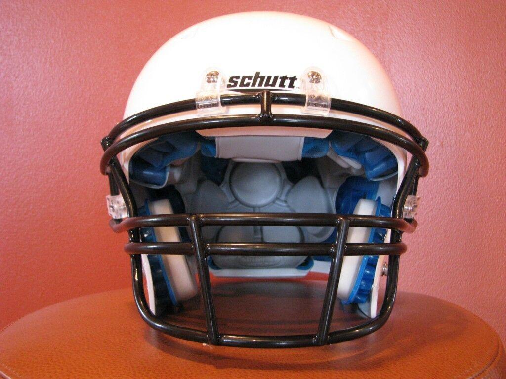 Schutt DNA Pro+ Youth Football Helmet(Large White)