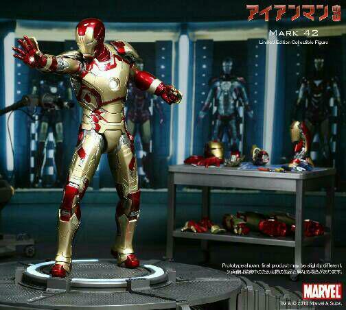 Hot Toys Iron Man Mark 42 [Limited Move] Figure