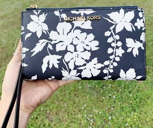 0734abe59c97f5 Michael Kors Jet Set Double Zip Wristlet Phone Wallet Navy Blue ...