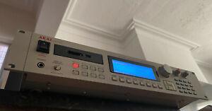 Akai S3000XL MIDI Sampler SCSI2SD V6 2021 32MB Clean SCSI Fuse Mod (1995)