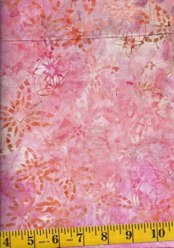 Timeless Treasures Batik B4929-SUMMER Pink//Peach//Tan Flowers /& Stars  1//2 yd