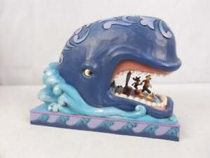 Disney Traditions 6005971 A Whale Of A Whale Pinocchio Figurine