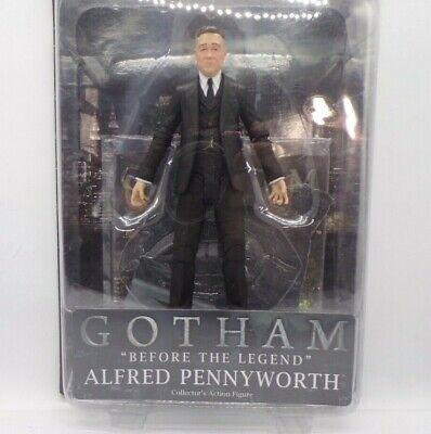 Gotham TV Série Alfred Pennyworth Figurine Diamond Select