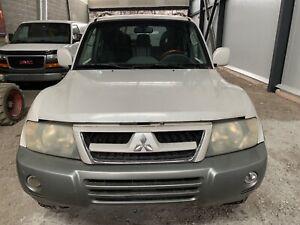 2003 Mitsubishi Montero LTD