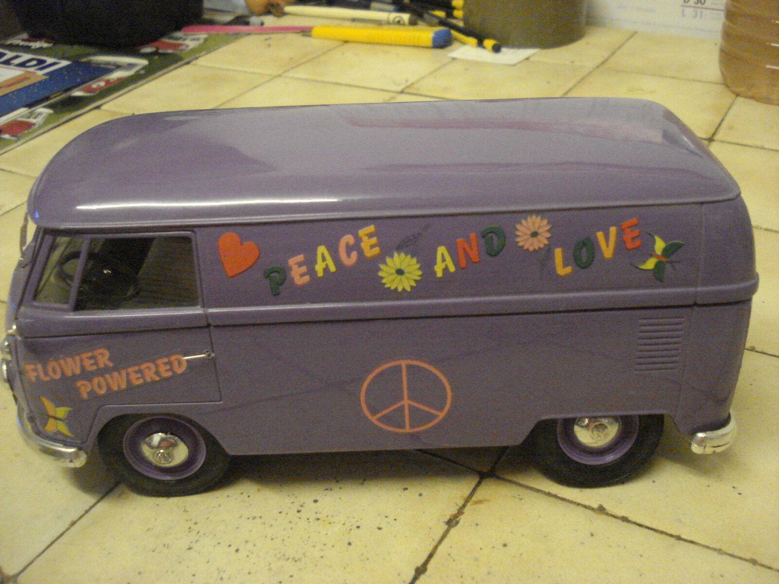 Solido  TRES  RARE  VW Combi   1968  Peace and Love   --  1 19   TBE