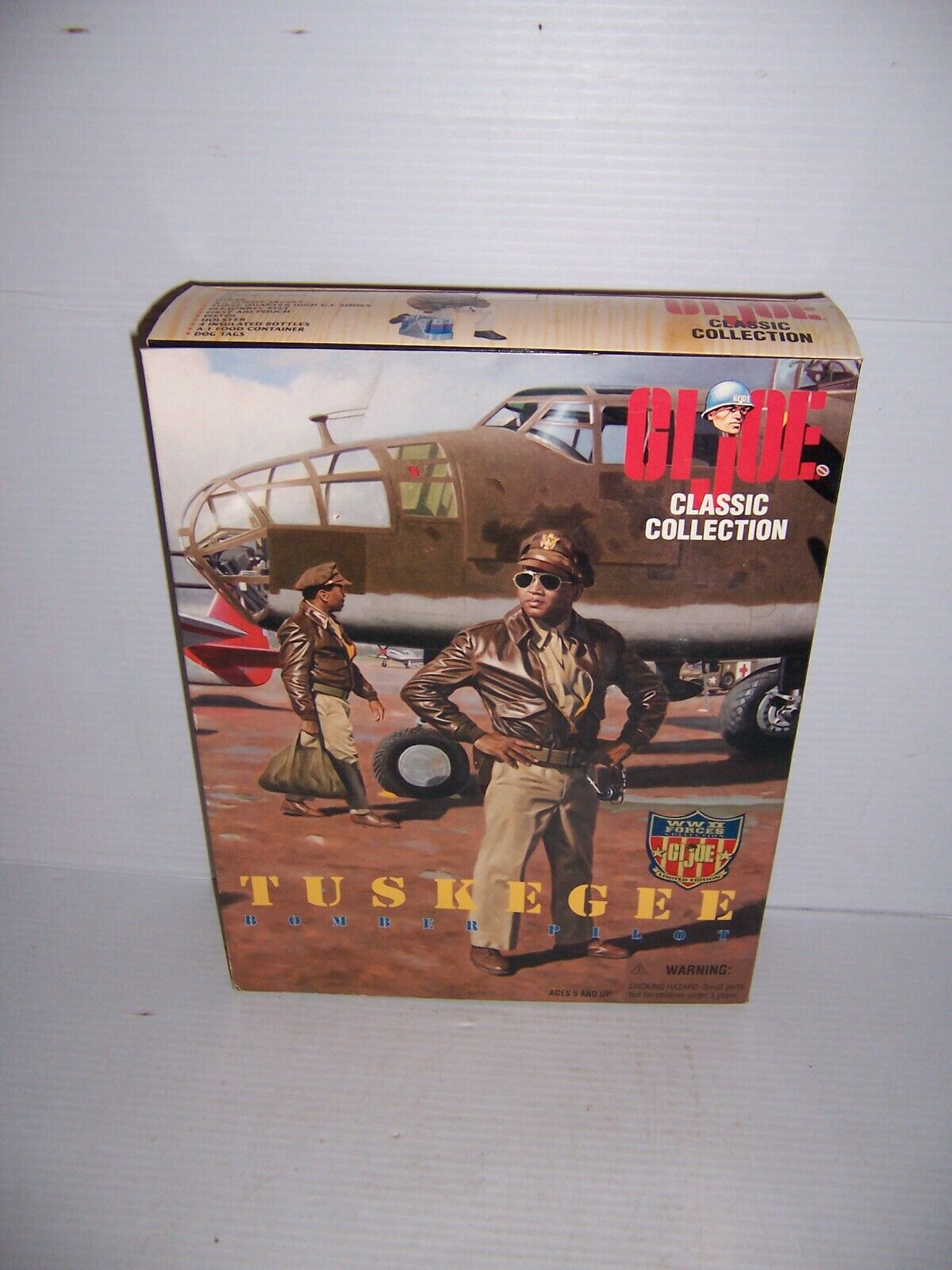 1996 GI Joe Classic Collection WWII Forces 12  Tuskegee Bomber Pilot Figure New
