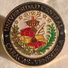 Lapel pin - Universidad Central de Venezuela