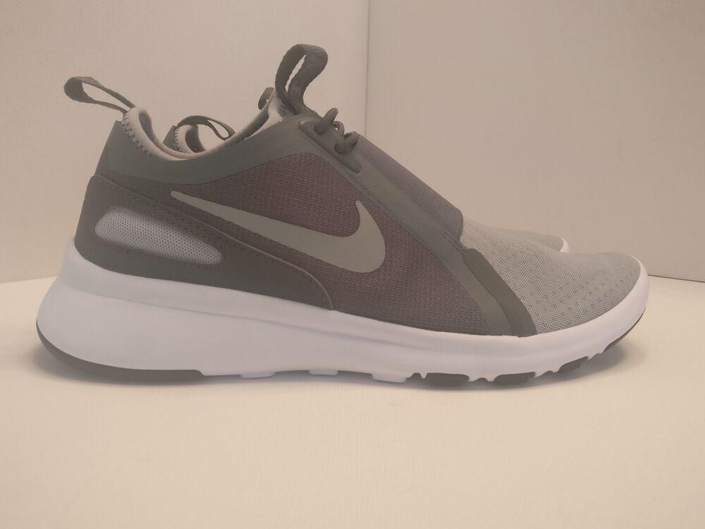 Nike Current à Enfiler UK 5.5 Loup Gris Argent Métallisé 874160001-