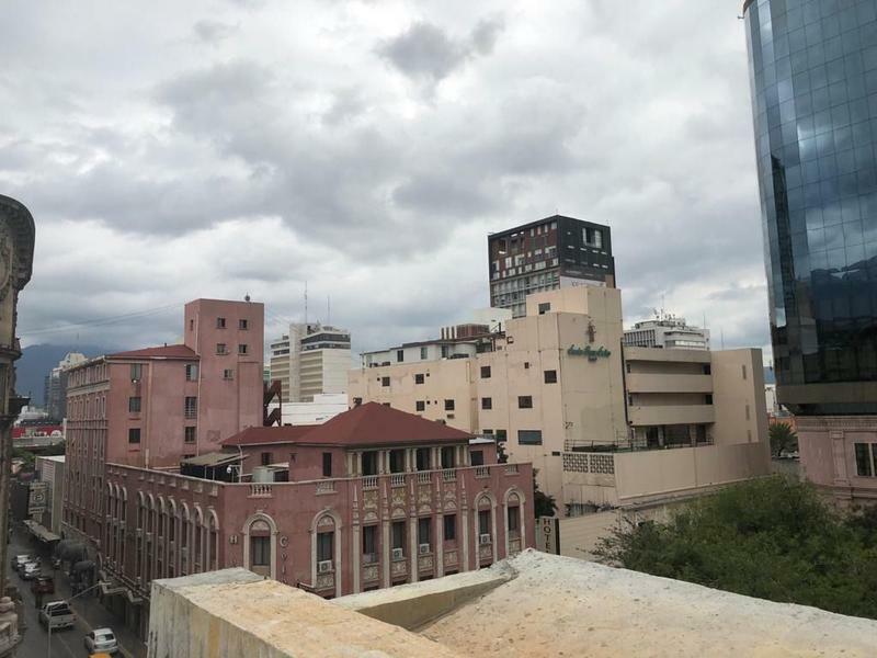 Mezzanine en Centro de Monterrey