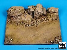 Black Dog 1/72 Rock Diorama Base (10cm x 7.5cm) [Resin Diorama Model kit] D72006