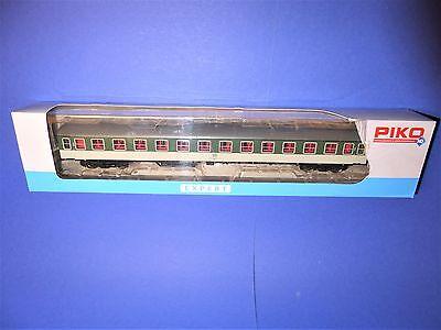 """PIKO H0 59635 Büm232 """"POP"""" DB Schnellzugwagen"""