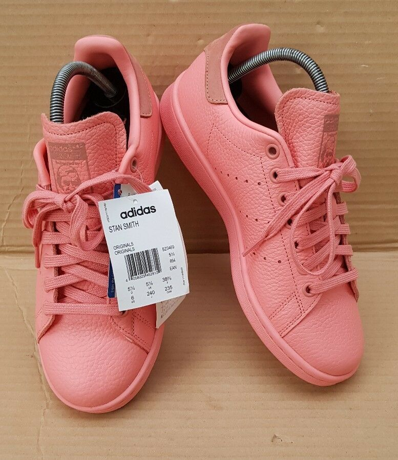 NEW GORGEOUS ADIDAS STAN SMITH CORAL rose TRAINERS SIZE 5.5RARE BNWT