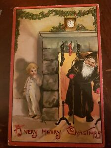 Very-Merry-Christmas-Santa-Black-Robe-Fireplace-Boy-Hiding-L-amp-E-HBG-2224-Postcard