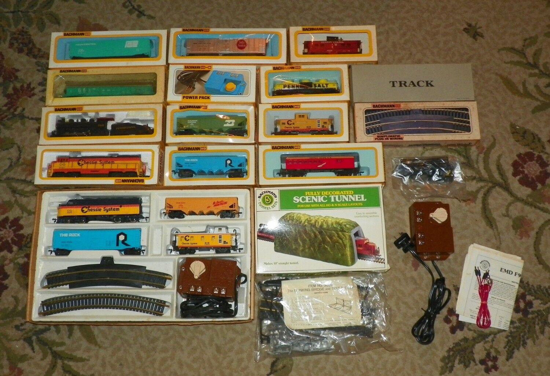 Bachmann HO Scale Train Lot  - 3233, 4127, 0626 - 3 Locomotives 12 Cars + Extras