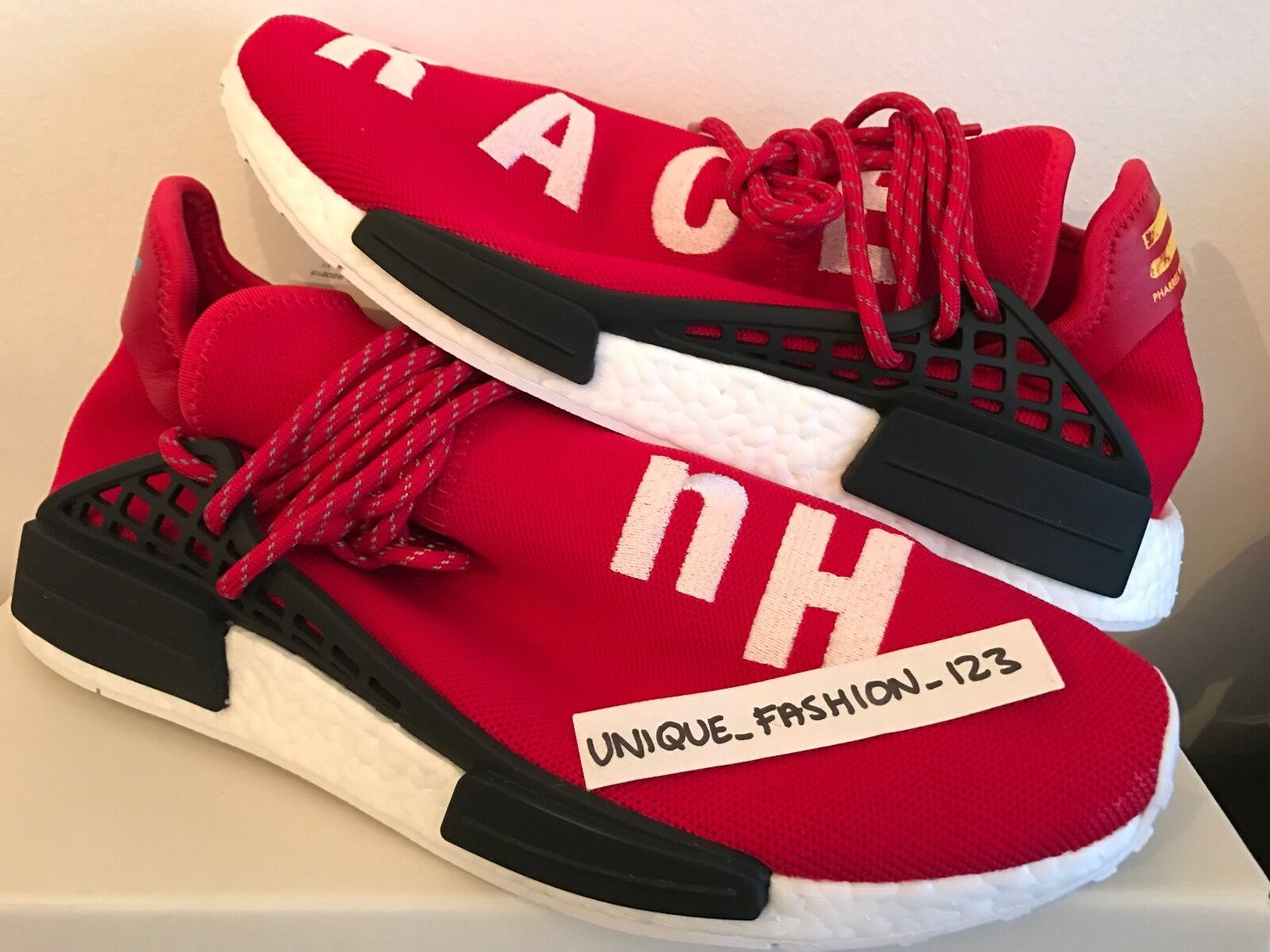 ADIDAS NMD HUMAN RACE HU PHARRELL PW5 6 7 8 9 10 11 SCARLET rouge blanc  BOOST