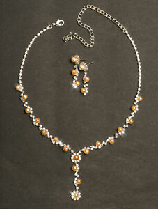 Collier-Schmuckset-Brautschmuck-Perlen-hellbraun-Y-Halskette-mit-Ohrringe-Braut