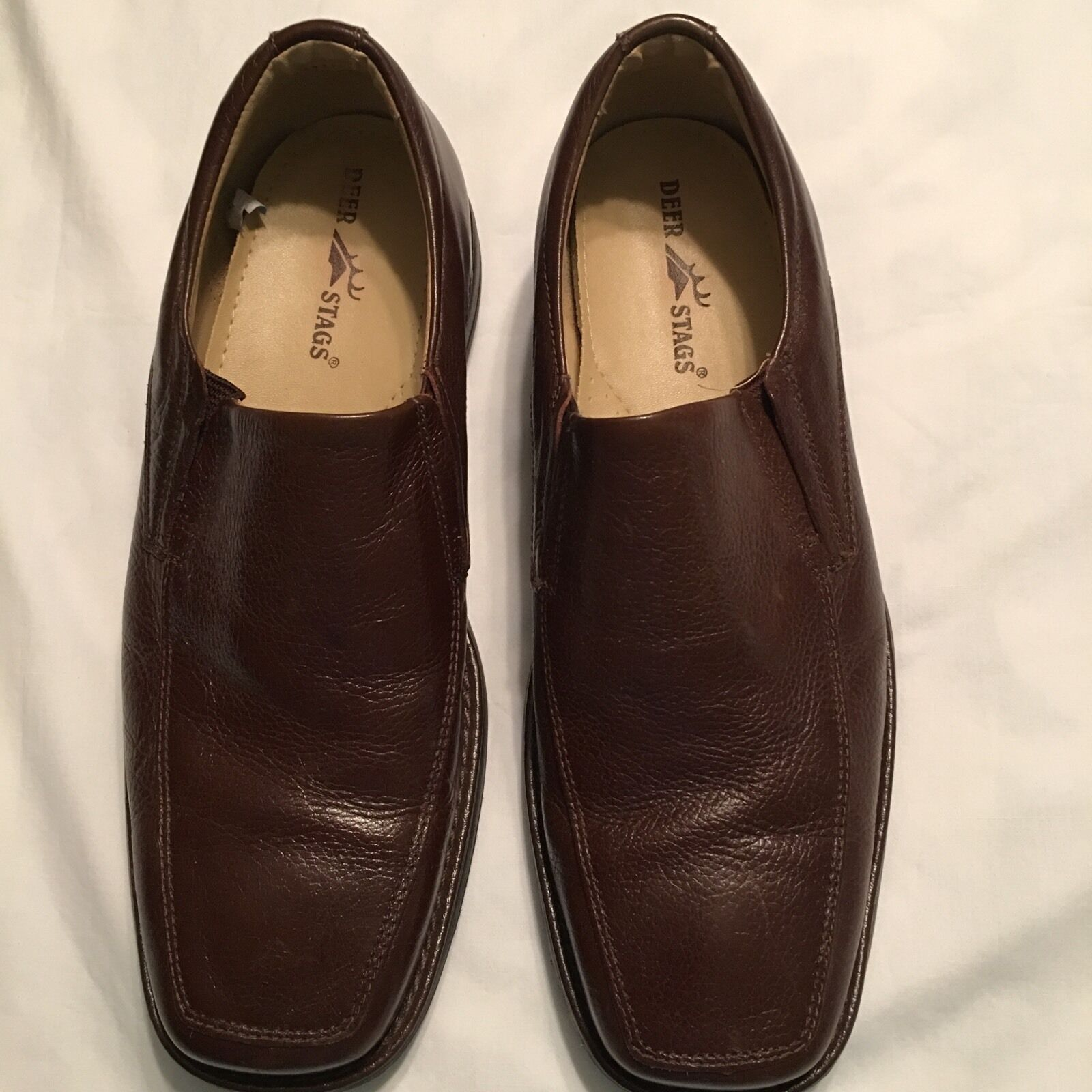 Deer Stags Men Brown Leather Loafer Casual Loafer Leather Slip on Shoes Size 10 1/2M EUC fd9c7d