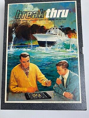 Vintage 1965 BREAK THRU GAME The Double Strategy Game of Evasion or capture