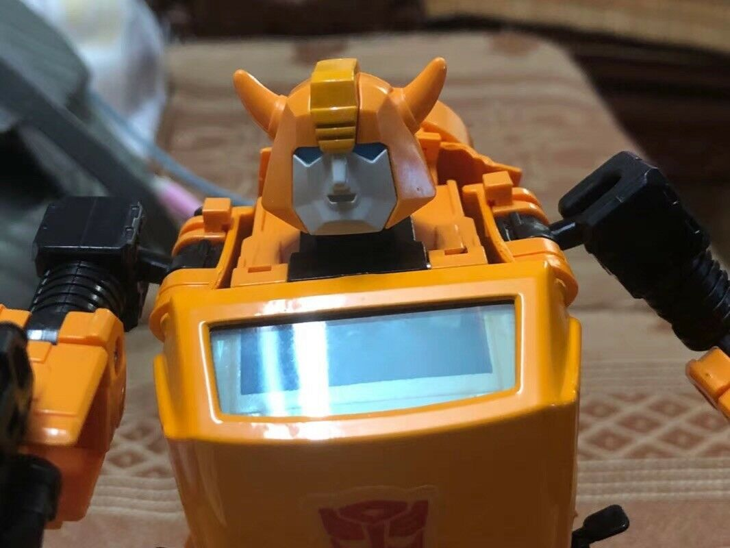 Transformers Bumblebee Toy KBB Oversized G1 Action Figure Diecast + Metal