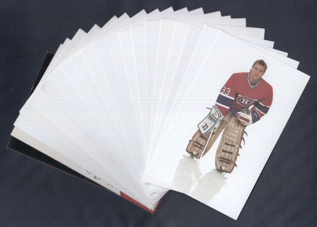 1980'S MONTREAL CANADIENS POST CARD LOT OF 20