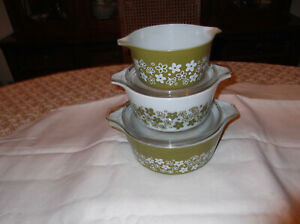Vintage 5pc. Pyrex Spring Blossom Crazy Daisy Green White Casserole Oven w Lid