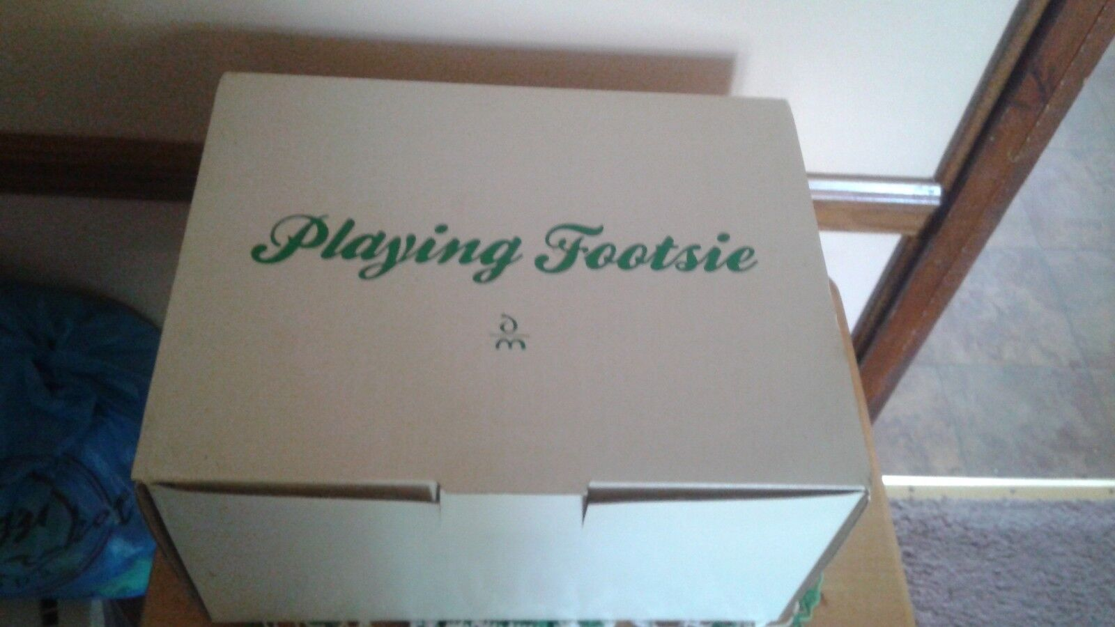 1990 Danbury Mint Playful Bebés (jugando Footsie) Serial G 3225 Nuevo En Caja