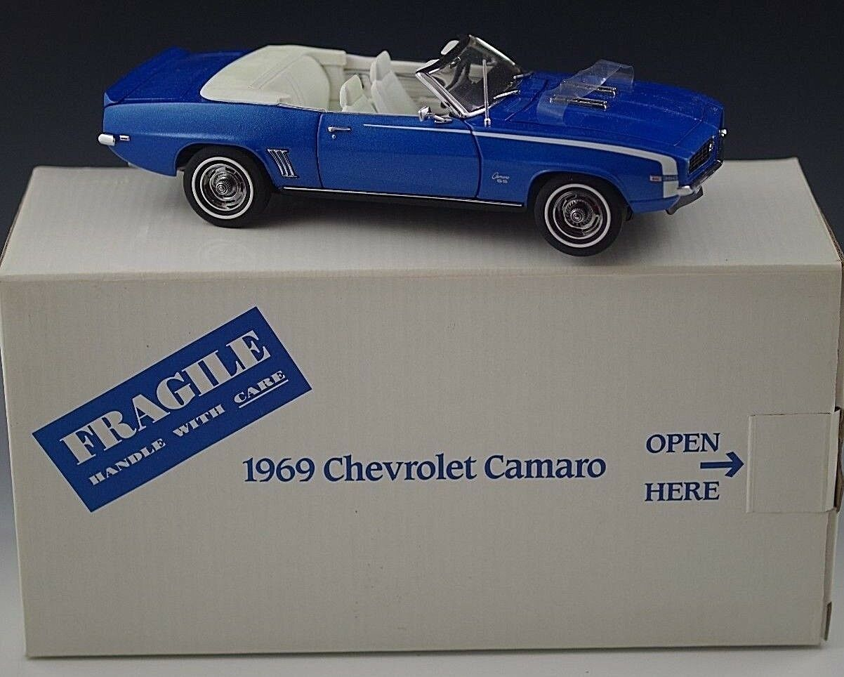DANBURY MINT 1969 CHEVROLET CAMARO CONgreenIBLE MODEL blueE 1 24 SCALE DIE CAST  2
