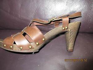 Fioni-Brown-Leather-Look-Platform-Sandals-Size-7-1-2