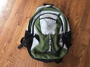 Wenzel-Green-Gray-Backpack-Daypack-Bookbag-Carry-On-Camping-Bag-Hiking