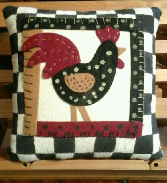 "7.5"" Square FOLKART PILLOW - Painted Cotton/Felt ROOSTER w/Bl/Wh Check Border"