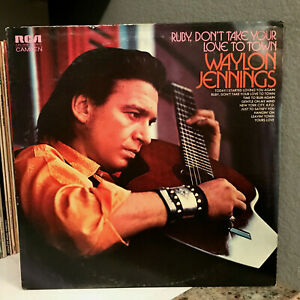 """WAYLON JENNINGS - Ruby Dont Take Your Love To Town - 12"""" Vinyl Record LP - EX"""
