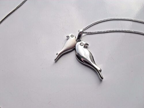 Ladies 925 Sterling Silver Love Birds Doves Pendant /& Chain Real Diamond Eyes