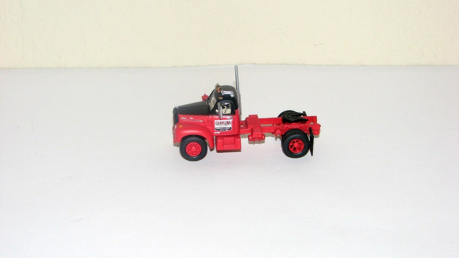 Athearn Mack B Tractor Truckautoolina nuovo out of package187 HO Scale
