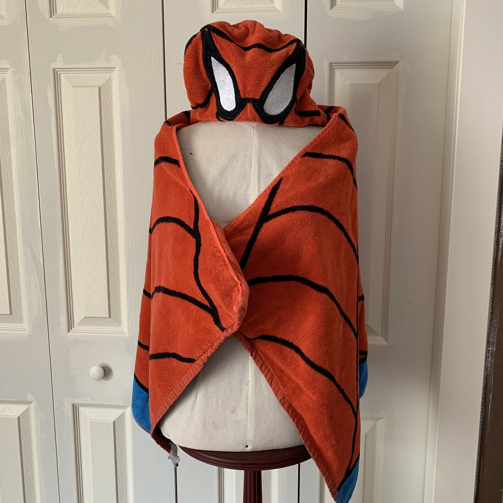 Ultimate Marvel Spiderman Kids Bath and Beach Hooded Towel Poncho 100% Cotton