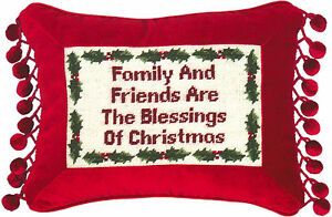 PILLOWS-034-FAMILY-AND-FRIENDS-034-PILLOW-PETIT-POINT-CHRISTMAS-PILLOW