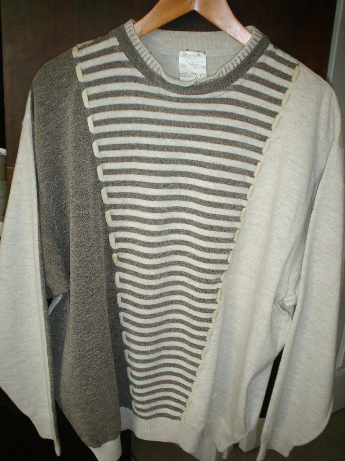 Incredible SELDOM Off White Brown Sweater-MADE IN GERMANY--Size--54= XL