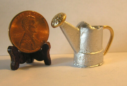 ISL1454 Miniature Dollhouse Gold /& Silver Colored Sprinkling Can