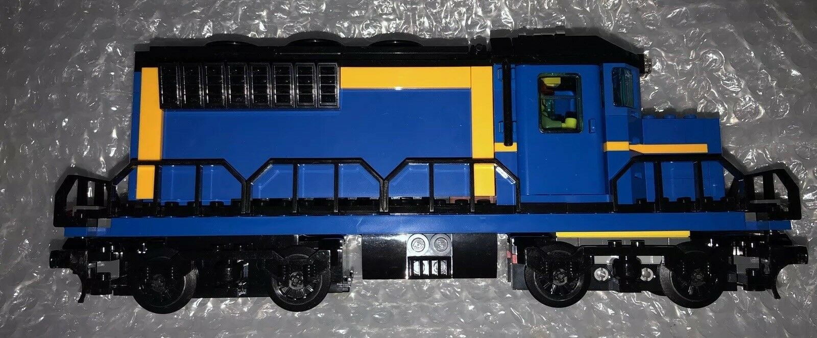 Lego City Cargo Freight Train Railway Engine from 60052 new with power
