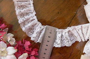 Nylon-Rayon-Full-Gathered-Flower-Lace-WHITE-43mm-wide-4-8-Metre-Length-GaHg