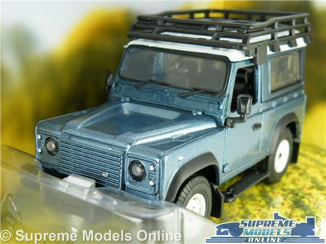 LAND ROVER DEFENDER CAR MODEL blueE 1 32 SIZE BRITAINS 43217 FARMING 4X4 90 T3