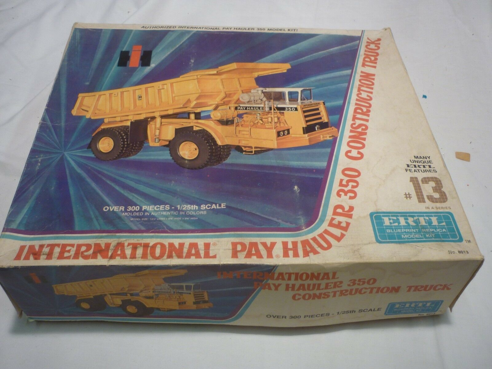 Ertl, briefly started plastic kit of a international pay hauler 350,  boxed